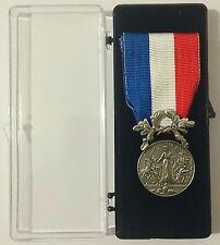Médaille d'honneur pour acte de courage & dévouement SAUVETAGE Argent 2°Classe