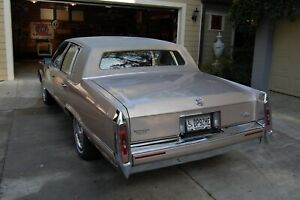 Cadillac Brougham Fleetwood (RWD): 1990 1991 1992 rear bumper tail lights Euro