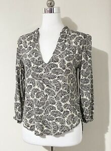 H&M Size S 8 10 Top Black Cream Peacock Feather Print 3/4 Sleeve V-Neck Frill