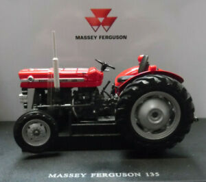TOY MODEL TRACTOR Massey Ferguson 135  1/32nd Scale By Universal Hobbies