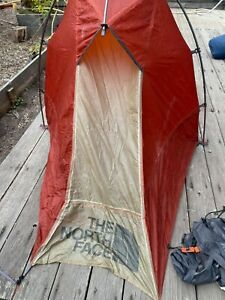 The North Face Summit Series Solo 12 Backpacking Tent READ DESCRIPTION