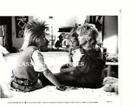 Q446a Goldie Hawn Robyn Lively Brandy Gold Wesley Snipes Wildcats lot of 2 photo