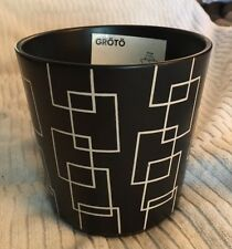 New Decorative Flower Pot, Black W/Tan Design
