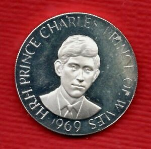 .999 SILVER, 1969 PRINCE CHARLES CAERNARVON INVESTITURE MEDAL / MEDALLION. 10.5g