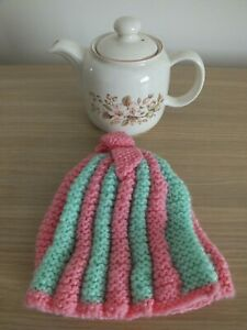 Tea Pot & Tea Cosy (New)