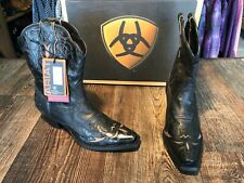 Women's Ariat snip toe western boot. Dahlia style. Black/tan.