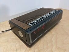 Soundesign Alarm Clock Vintage 3691-(C) AM FM Radio Alarm Wood Grain Plastic