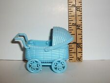 FASHION DOLL MINIATURE DOLLHOUSE BLUE PLASTIC BABY CARRIAGE PRAM ACCESSORY