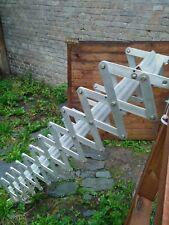 Escalier escamotable 12 marches en Inox couleur Inox. Très bon état.