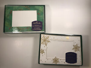 Hallmark 24 Photo Holder Christmas Cards 2 Designs Envelopes Snowflakes Holly