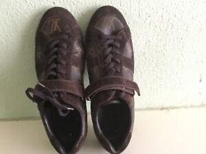 Authentic Men's Louis Vuitton shoes trainers Sneakers UK size 8