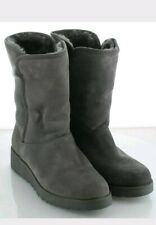 Y31 UGG Amie Gray Suede Classic Slim Water Resistant Boot Women's Sz 5 M