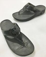 FitFlop Womens 9 US Walkstar Black Patent Leather Sandals Flip-Flops Slides