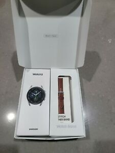 BRAND NEW! Samsung Galaxy Watch3 SM-R840 45mm Mystic Silver + Leather band