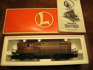 Lionel 6-18567 Pennsylvania RR GP-9 Diesel  2028 Locomoyive 1997