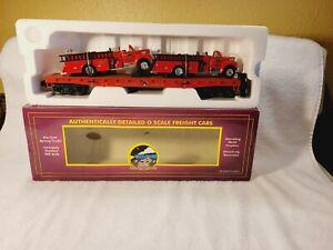 MTH  20-98114  Transport Flatcar with 2 Fire Trucks    NIB