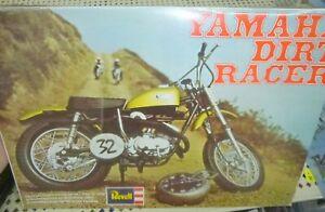 1970 REVELL H-1226 YAMAHA DIRT RACER MOTORCYCLE KIT 1/8 McM FS