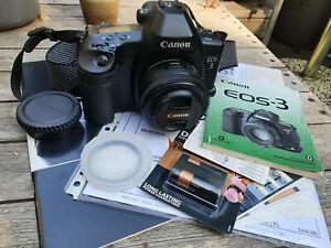 Canon EOS-3 35mm camera