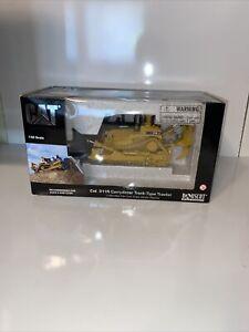 Norscot 1/50 Scale Caterpillar D11R Carry Dozer model Replica w/box