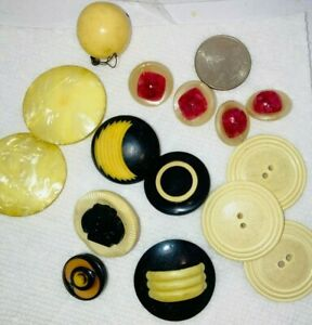 COLLECTION OF BAKELITE AND CELLULOID VINTAGE BUTTONS! SETS! WHITE BLACK