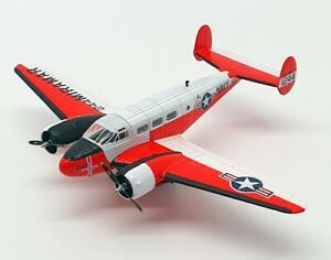Oxford Diecast 1/72 Scale 72BE003 - Twin Beech 51244 - US Navy NAS Mirimar