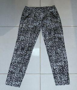 Womens size 6 black stretch cropped black & white dress pants made by PORTMANS