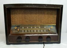 Antique 1946 RCA VICTOR Tube FM Table RADIO w WOOD Cabinet Model 68R3 WORKS!