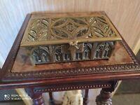 Coffret à Bijoux en Bronze Style Gothique