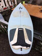 Planche de surf 6' 0 surftech tuflite sd3 John Carper + fins