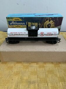 Athearn HO Scale #1551 Michigan Alky Chemical Tank Car Model Kit Built Nice!