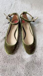 Massimo Dutti Khaki Velvet Ankle Tie Dolly Shoes Size 38