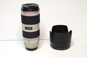 CANON EF 70-200mm f/2.8L IS II USM Zoom Lens. EXCELLENT CONDITION!