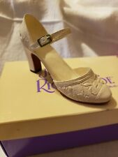 Collectible Just The Right Shoe By Raine Shower Of Flowers New In Box #25026