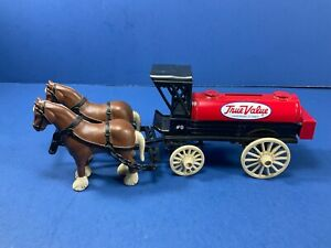 Vintage, ERTL,True Value Hardware Die Cast Horse & Tanker Wagon Coin Bank. w/Key