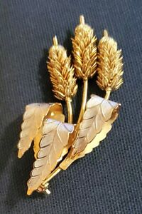 """Unique 2.5"""" Cat Tails Plant Styled Brooch Pin"""