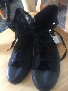 CONVERSE HIGH TOPS NEW IN BLACK Sz 9.5/10