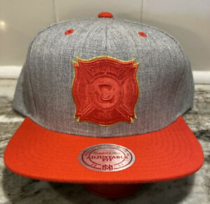 Chicago Fire Snapback MLS Soccer Mitchell & Ness Logo Snapback Adj Cap Hat