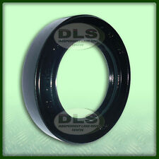 LAND ROVER SERIES 2/3 - Front and Rear Output Handbrake Oil Seal (FRC1780)