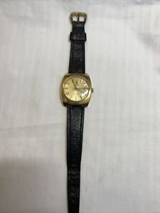 Vintage Roamer Searock Mens Watch - Working In Great Condition