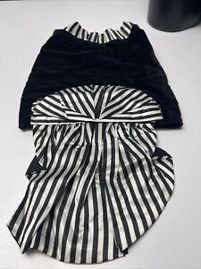 Dog Costume Black and white Dress Black Velvet Bow Razz Pe Taz Size M KG
