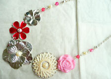 ACCESSORIZE SILVER NECKLACE – LARGE FLOWER DESIGN_PINK BEADS & CREAMY PEARLS_NEW