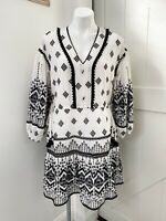 Anthropologie Petite Medium Black White Geometric Embroidered Boho Dress Tie