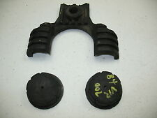 1984 YAMAHA VIRAGO 700 FUEL TANK RUBBERS MOUNTS - FRONT + REAR - THREE PIECES