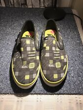 Quiksilver Uk Size 5 Slip On Trainers Great Condition