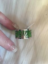 Look Lovely siver /green Flowers in Resin Ring in Stainless Steel Size O uk new