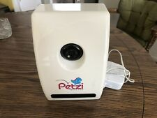 Petzi Treat Cam Wi-Fi Pet Camera Treat Dispenser Good Condition