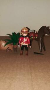 Playmobil 3827 Original RCMP Royal Canadian Mounty Mounted Police near complete