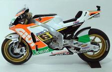 Motocicleta de automodelismo y aeromodelismo de plástico de color principal multicolor