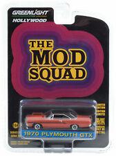 1970 Plymouth GTX Satellite - MOD SQUAD *** Greenlight Hollywood 1:64 NEU