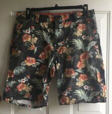 Charles and a Half Men's Flat Front Black Floral Shorts mens sz 34